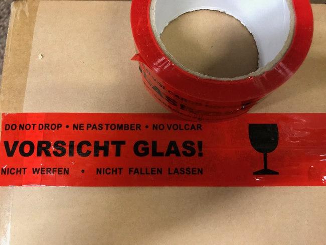 Balící LP nehlučná - potištěná 48 x 66  VORSICHT GLAS!
